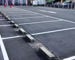 東大阪市パチンコ店舗 駐車場ライン引き